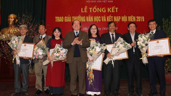 Giải thưởng Hội Nhà văn Việt Nam 2019: Giá trị tư liệu, tư tưởng nhân văn gây bất ngờ