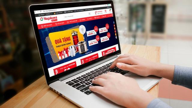 Dịch bệnh do virus corona: Người dân chuyển hướng ưu tiên mua sắm trực tuyến