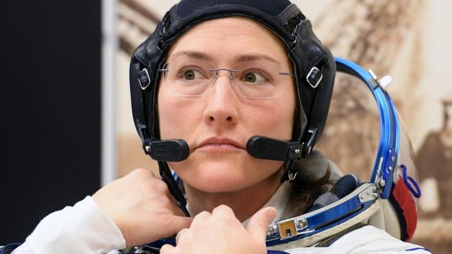 Tàu Soyuz MS-13 đưa 3 nhà du hành vũ trụ trở về Trái Đất an toàn