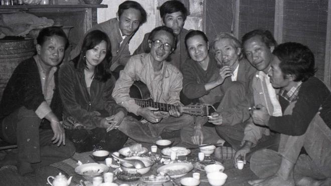 Ra mắt sách ảnh 'Những người muôn năm cũ' của nhiếp ảnh gia Hà Tường