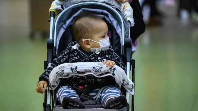 Dịch COVID-19: Không chủ quan trước hiện tượng trẻ em ít nhiễm bệnh