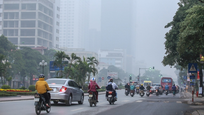 Dự báo thời tiết: Chất lượng không khí ở Bắc Bộ có hại cho sức khỏe, Nam Bộ nắng nóng 35 độ C