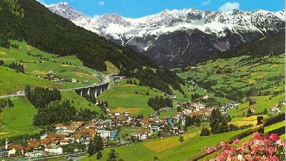 Dịch COVID-19: Áo dừng dịch vụ đường sắt qua Đèo Brenner nối với Italy