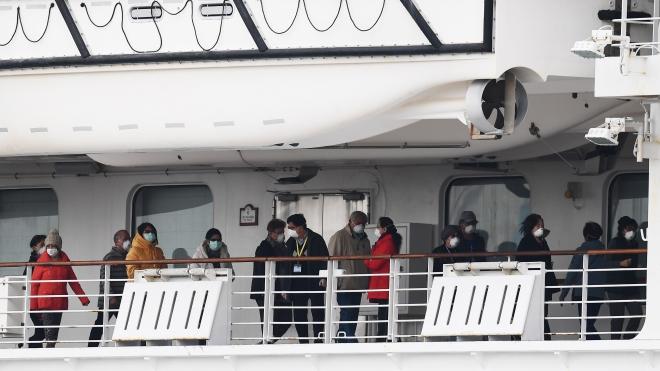 Dịch COVID-19: Hàng chục hành khách rời tàu Diamond Princess có triệu chứng lây nhiễm