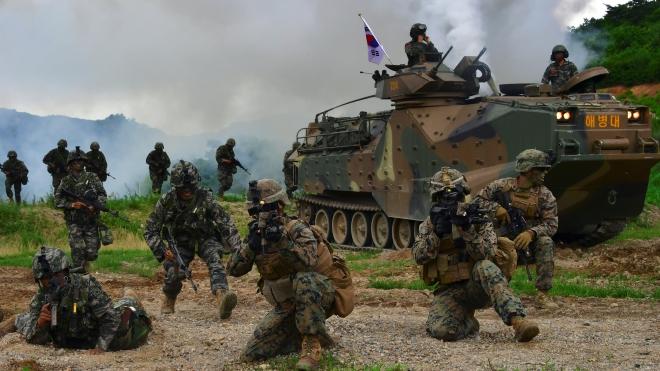 Dịch COVID-19: Hàn Quốc và Mỹ ngừng tập trận chung