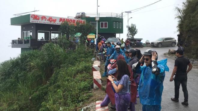 Hà Giang: Sẽ xử lý công trình xây dựng sai phạm trên đèo Mã Pì Lèng trong tháng 3