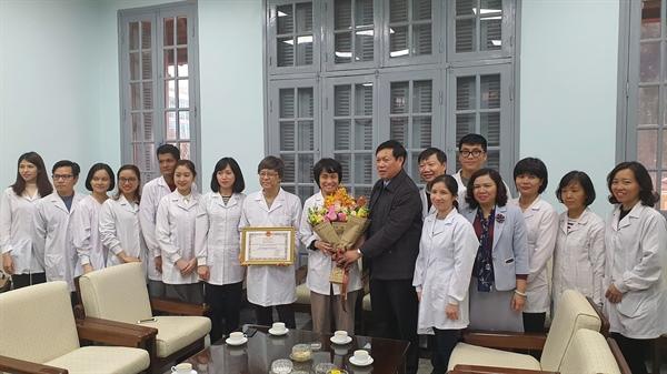 Hành trình đến Giải thưởng Kovalevskaia của các nhà khoa học nữ phân lập thành công virus SARS-CoV-2