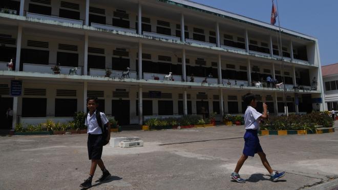 Dịch COVID-19: Campuchia đóng cửa toàn bộ các trường học trên cả nước
