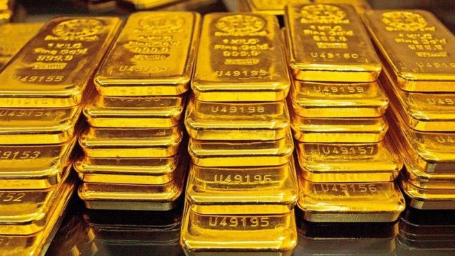 Giá vàng thế giới giảm do đồng USD mạnh lên, giá vàng trong nước 47,25 - 48,37 triệu đồng/lượng