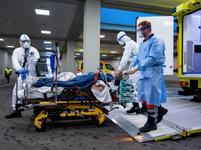 Dịch  COVID-19: Hơn 70.000 người nhiễm bệnh, Đức chuẩn bị thử nghiệm vaccine trên người