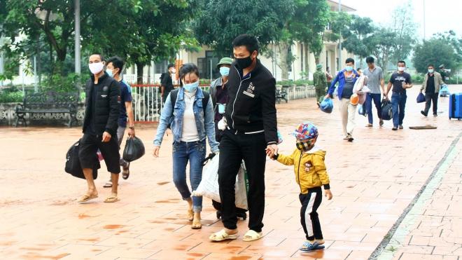 Dịch COVID-19: Bé trai 11 tuổi điều trị tại Trung tâm Y tế huyện đã khỏi bệnh