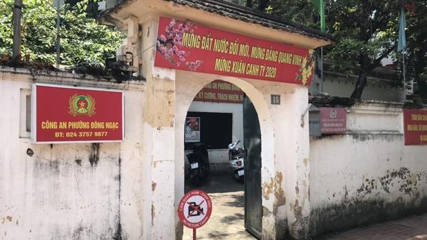 Dịch COVID-19: Công an phường Đông Ngạc (Hà Nội) đã được gỡ bỏ cách ly y tế