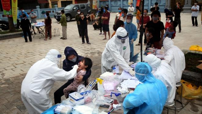 Đã lấy 11.847 mẫu xét nghiệm virus SARS-CoV-2 ở thôn Hạ Lôi