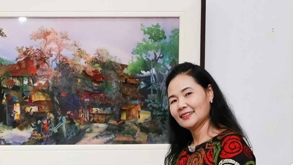 Nhà điêu khắc Lê Thị Hiền, họa sĩ Trần Thanh Thục và cuộc đối thoại của 'Thép và vải'
