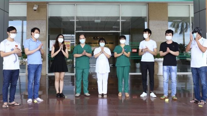 Thêm 9 bệnh nhân mắc COVID-19 được công bố khỏi bệnh