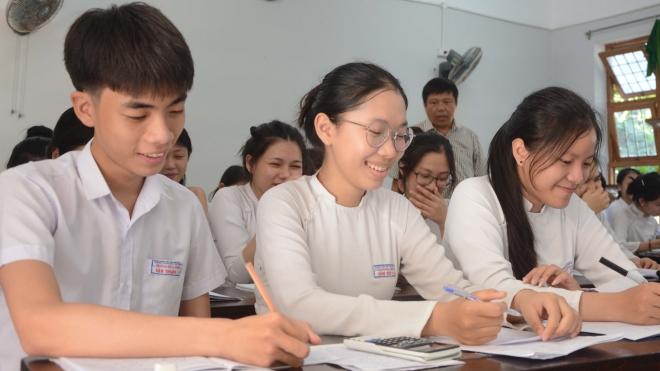 Thi tốt nghiệp Trung học phổ thông 2020: Danh sách máy tính bỏ túi được đem vào phòng thi