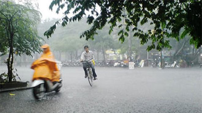 Dự báo thời tiết cả nước có mưa to và dông, đề phòng lốc, sét, mưa đá