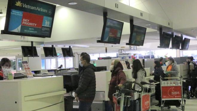 Dịch Covid-19: Đưa hơn 350 công dân Việt Nam từ Australia và New Zealand về nước