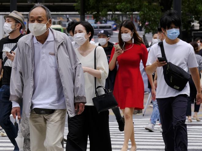 Nhật Bản truy vết 800 người sau khi phát hiện ổ lây nhiễm COVID-19 ở nhà hát tại Tokyo