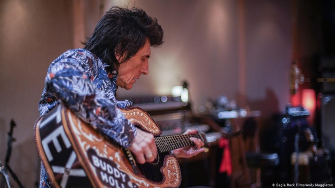 Ronnie-Wood_Fotor.jpg