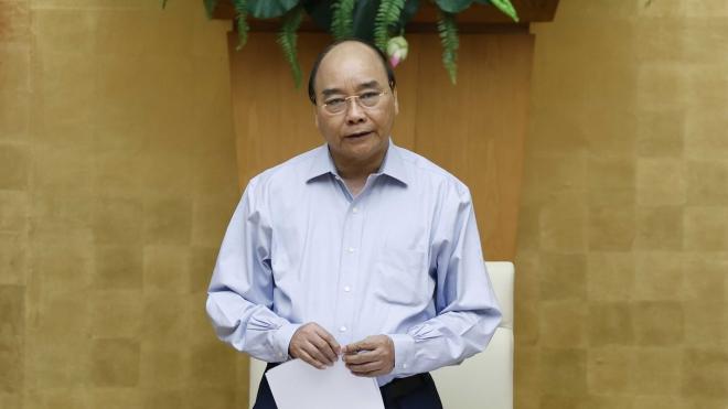 Thủ tướng Nguyễn Xuân Phúc: Dập dịch kiên quyết, điều trị tích cực và đảm bảo an toàn cho kỳ thi tốt nghiệp THPT
