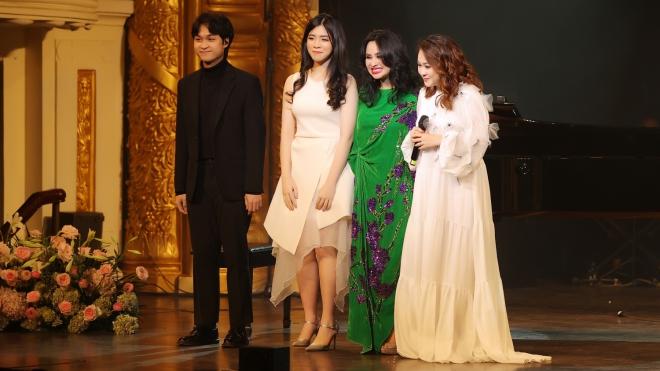'Hẹn yêu' của Thanh Lam: Còn được yêu là còn tràn đầy năng lượng