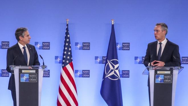 NATO khẳng định vai trò trung tâm trong mối quan hệ xuyên Đại Tây Dương