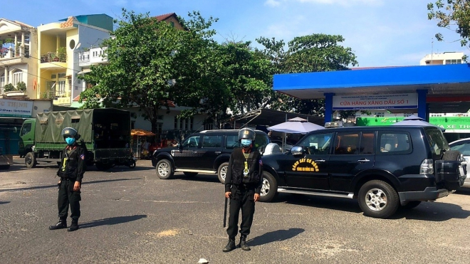 Thành phố Hồ Chí Minh: Phong tỏa 2 địa điểm liên quan đến ca mắc Covid-19 nhập cảnh trái phép