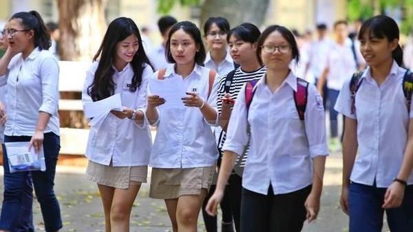 Bộ Giáo dục và Đào tạo trao Bằng khen tặng 1.355 học sinh giỏi quốc gia THPT