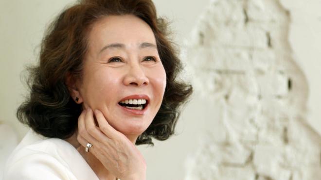 Nữ diễn viên Hàn Quốc đầu tiên được đề cử Oscar: Youn Yuh Jung, một 'Meryl Streep xứ Hàn'