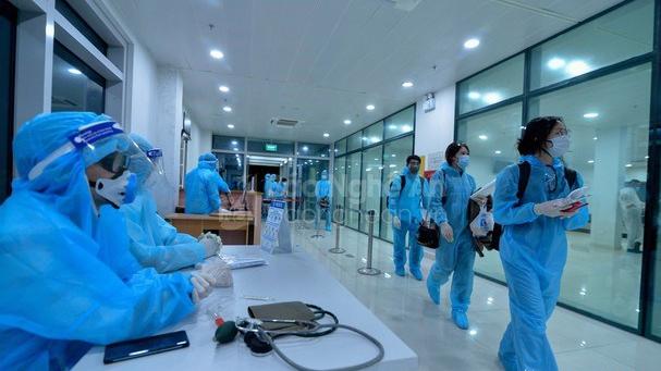 Dịch Covid-19: Hai người trở về từ Nhật Bản được cách ly y tế tại Nghệ An có kết quả dương tính với SARS-CoV-2