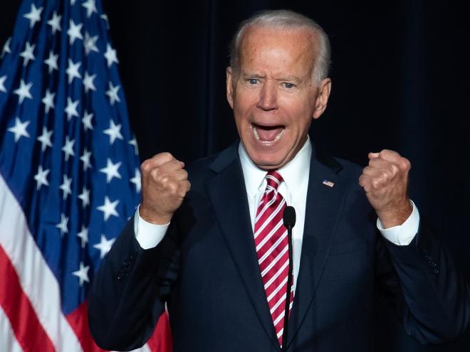 Tổng thống Mỹ Joe Biden trước quốc hội, Bài phát biểu đầu tiên của tổng thống Mỹ, nước mỹ cất cánh, thành tựu logistic vĩ đại nhất, Giải cứu người Mỹ
