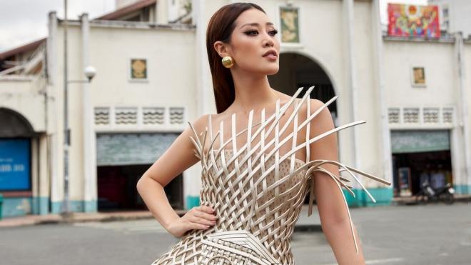 Hoa hậu Khánh Vân mang trang phục quảng bá chợ Bến Thành đến Miss Universe