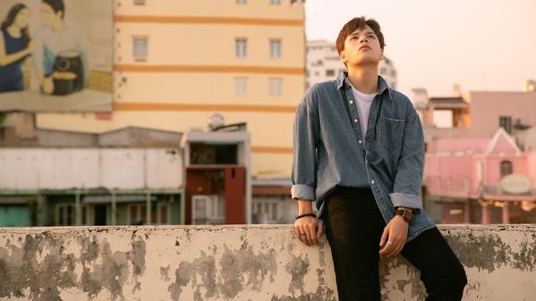 JayKii ra mắt MV 'Càng lớn càng cô đơn' sau 2 năm 'mất tích'