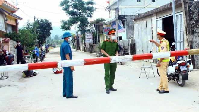 Nghệ An: Truy vết ca dương tính với SARS-CoV-2 sau khi đã sang Lào