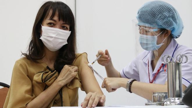 TP.HCM gấp rút hoàn tất công tác tiêm vaccine phòng, chống Covid-19 cho người dân
