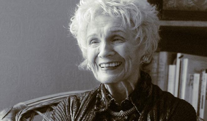 Nhà văn đoạt giải Nobel Alice Munro: Bậc thầy truyện ngắn tuổi 90
