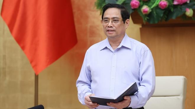 Thủ tướng Phạm Minh Chính: Thành lập ngay các trung tâm cứu trợ, đường dây nóng hỗ trợ người dân