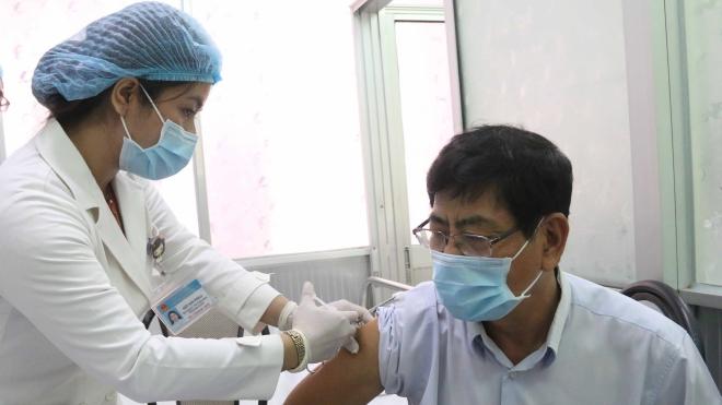 Hà Nội: Người dân sẽ được tiêm 2 mũi vaccine Covid-19 cùng loại