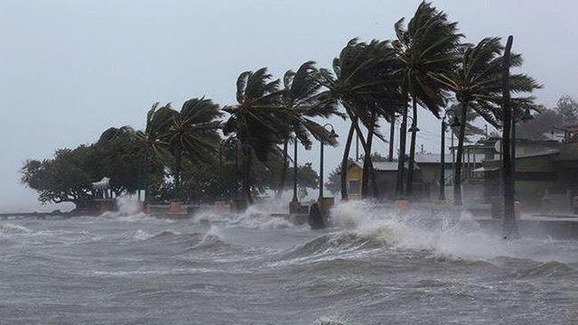 Bão số 3 di chuyển và đổi hướng liên tục, thời tiết biển diễn biến xấu