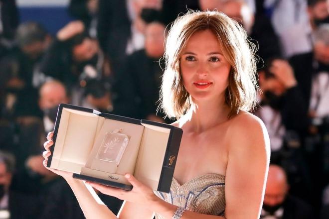 Diễn viên Renate Reinsve, Nữ diễn viên chính xuất sắc LHP Cannes Renate Reinsve, Renate Reinsve Một bước thành sao