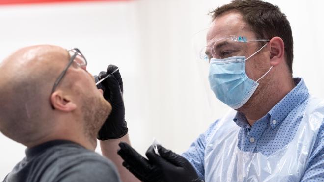 Chuyên gia Anh cảnh báo biến thể SARS-CoV-2 siêu đột biến có thể khiến 1/3 ca mắc tử vong