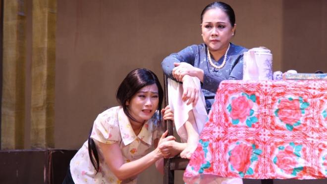 Nghệ sĩ Ái Như: Nỗi nhớ sân khấu quá nhỏ bé so với tổn thương dịch bệnh