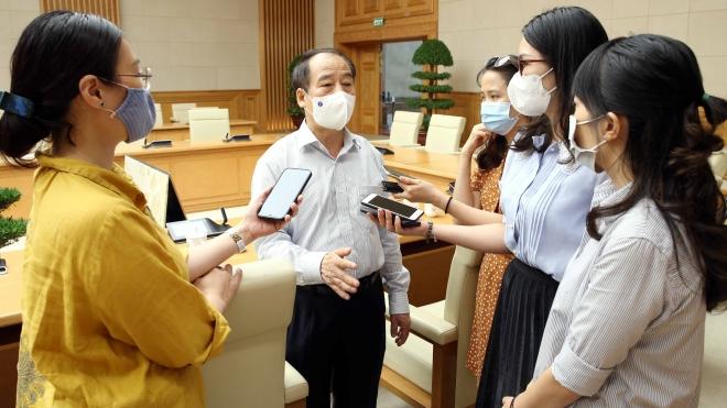 Chuyên gia Trần Đắc Phu khuyến cáo hạn chế đi chợ để tránh lây nhiễm Covid-19