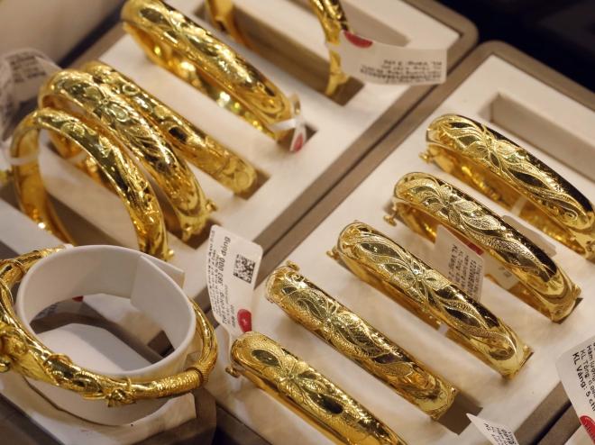 Giá vàng, Giá vàng hôm nay, Giá vàng 9999, giá vàng 18/8, bảng giá vàng, giá vàng mới nhất, giá vàng trong nước, Gia vang, gia vang 9999, gia vang 18/8, giá vàng cập nhật