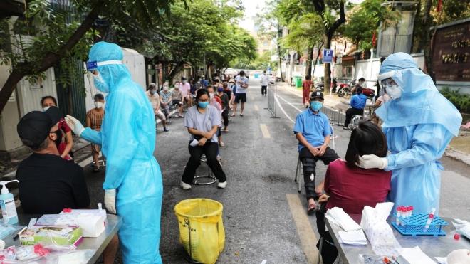 Từ ngày 18-20/8, Hà Nội xét nghiệm SARS-CoV-2 cho 13 nhóm người nguy cơ cao