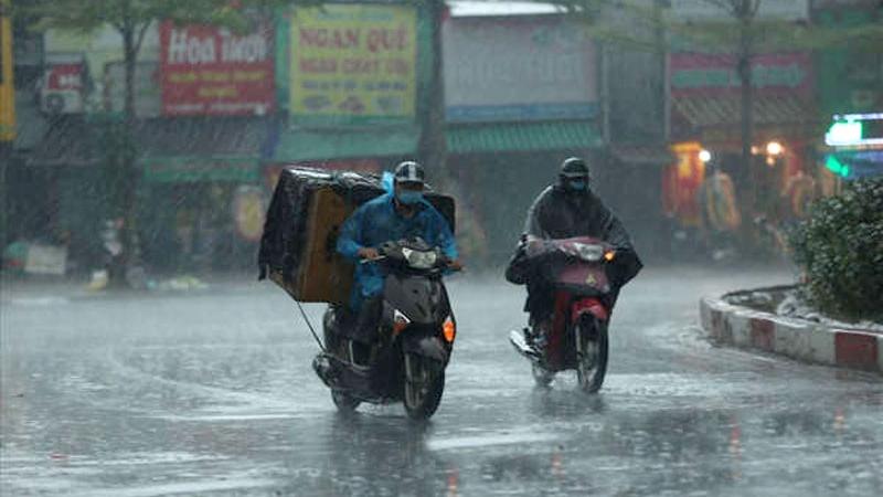 Từ 23/8 đến 1/9, cả nước mưa dông về đêm, đề phòng thời tiết nguy hiểm