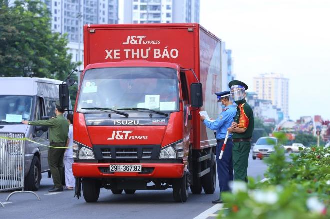 Giấy đi đường tại Hà Nội Câu chuyện nhỏ ảnh hưởng lớn, Giấy đi đường Hà Nội, Xin Giấy đi đường Hà Nội, Xin Giấy đi đường ở Hà Nội