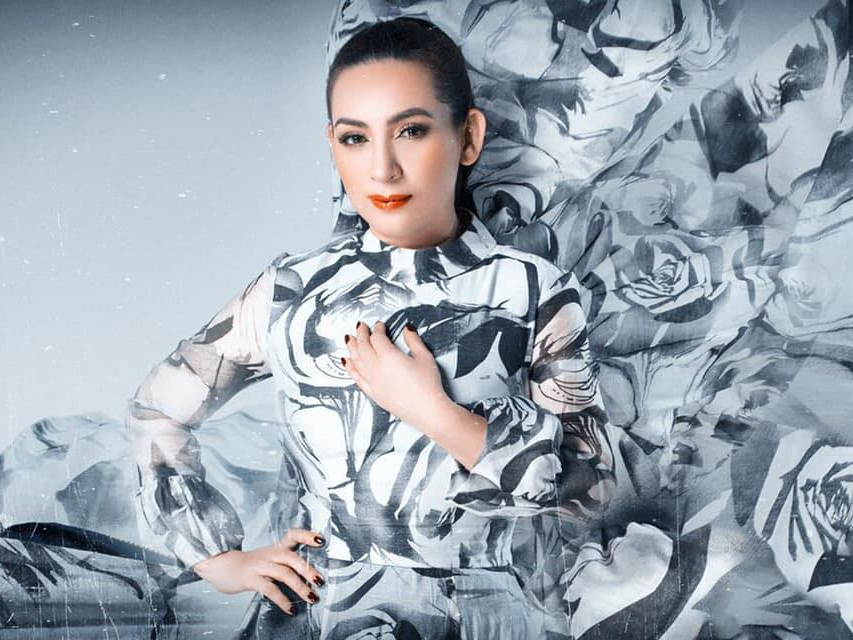Vĩnh biệt ca sĩ Phi Nhung: 'Bông điên điển' hóa mây về trời