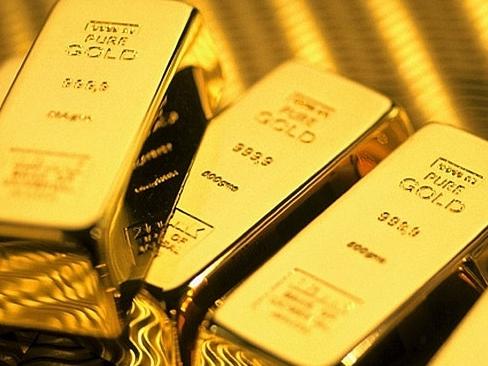 Giá vàng thế giới tăng hơn 2%